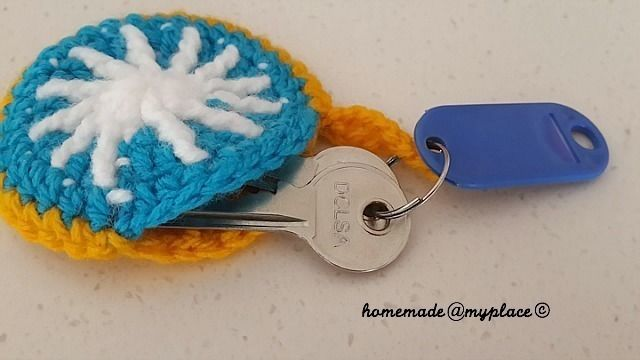 How to make a knit or crochet keyring. A Sunny Key Ring Cosy