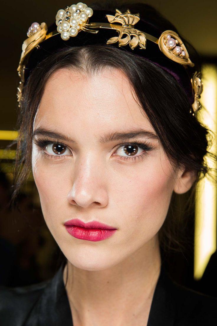 #beauty #backstage @ Dolce & Gabbana Fall 2015 #MFW