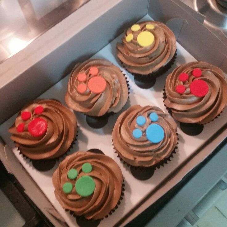 Paw print cupcakes for a Paw Patrol themed party