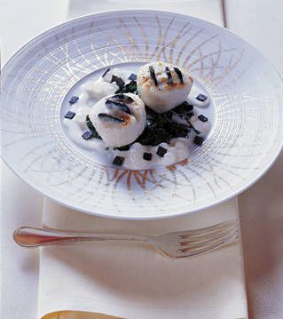 Black-Truffle Scallops With Pearls and Champagne Recipe