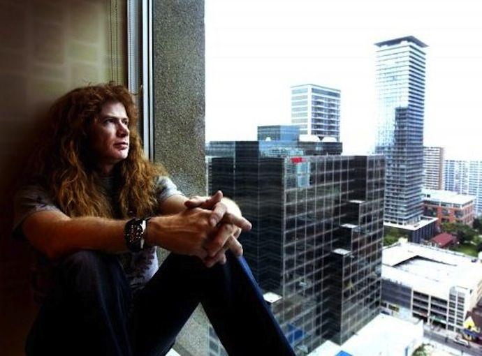 """Интервью с Дэйвом Мастейном:  """"Я вырос на музыке Led Zeppelin, мне хотелось быть как Джимми Пейдж и Роберт Плант"""" - http://rockcult.ru/intervyu-s-dejvom-mastejnom-2014/"""