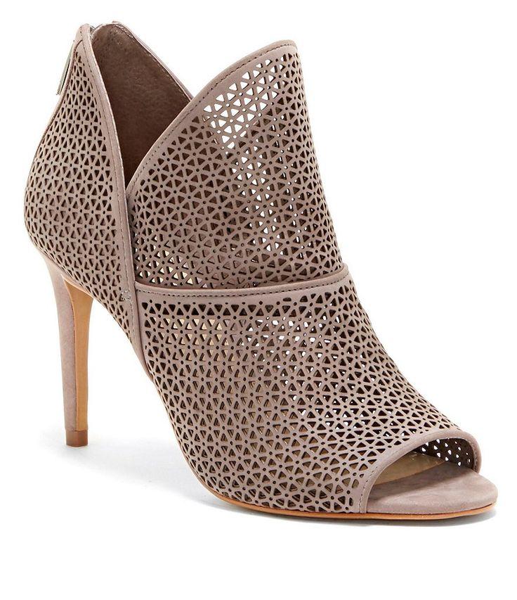E Dress Shoes