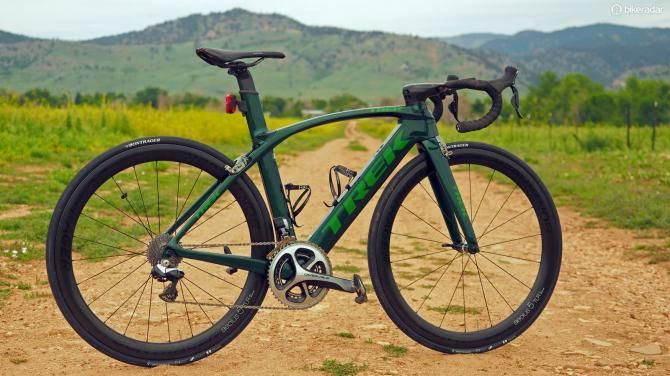 Trek has radically redesigned the 2016 Madone, turning it into a full-blown aero road racing machine but yet still compromising little to do so (James Huang / Immediate Media)