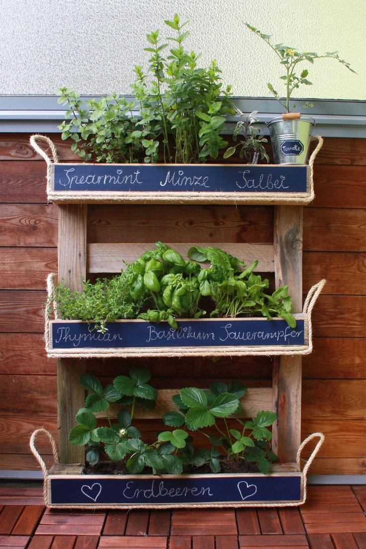kraeuter garten aus palette diy garten pallets garden herb garden und garden. Black Bedroom Furniture Sets. Home Design Ideas