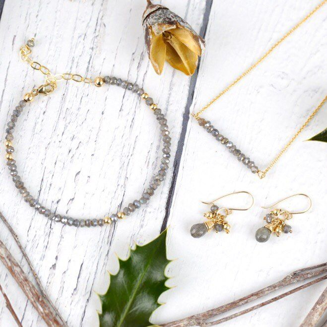 12++ Jewelry in time for christmas information