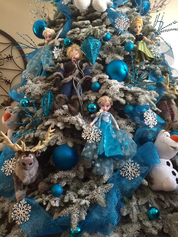 It's a Frozen Christmas Tree! I need to do this! See it on www.prettymyparty.com.
