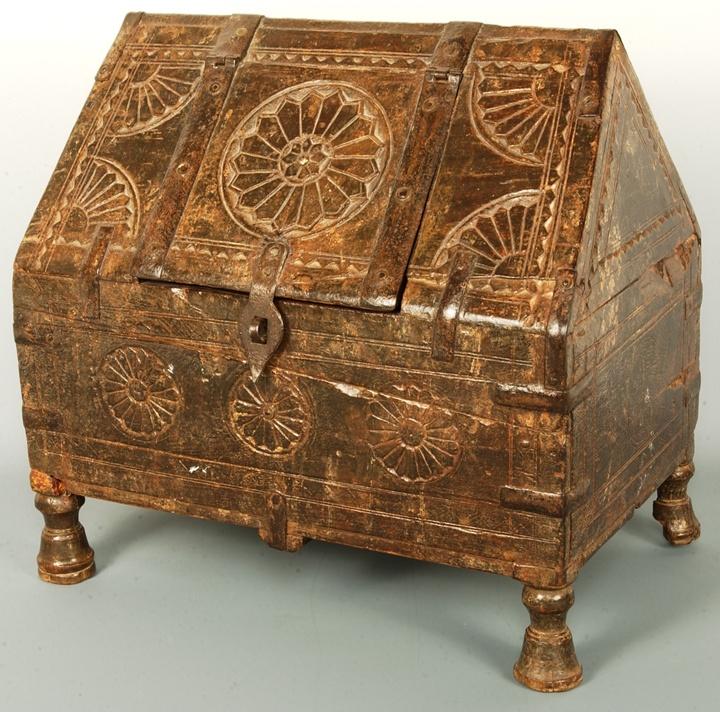 Punjab metal ornamental boxes-Aih