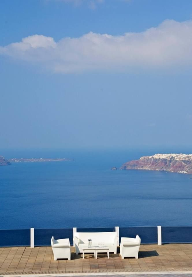 Blue is the color of the summer! =) @ Rocabella deluxe suites & spa Santorini !!!