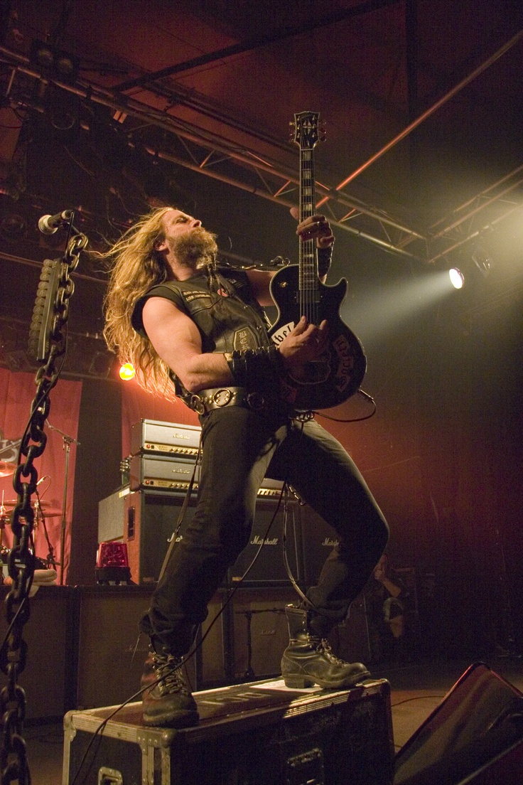 Don't know who this guy is or anything about his music, but...BEARD.| Zakk Wylde, Black Label Society