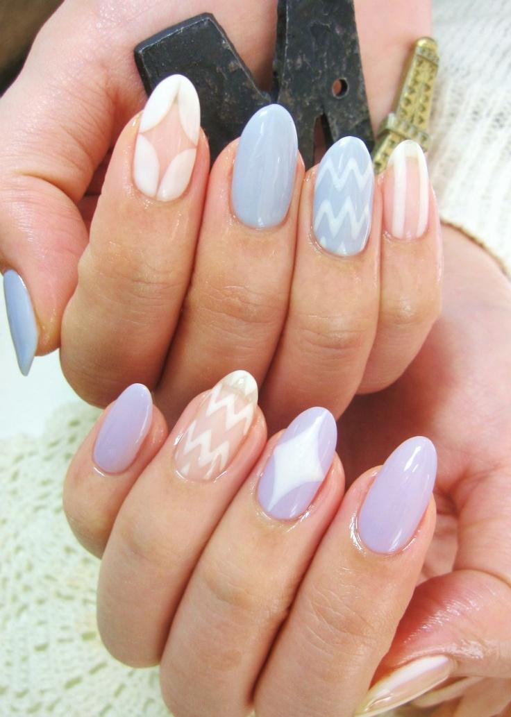Gorgeous pastel almond nail manicure!
