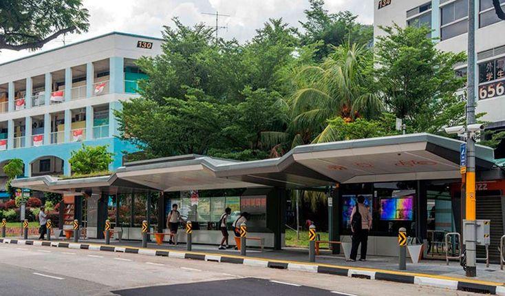 В Сингапуре работают автобусные остановки, позволяющие узнавать погоду, местные новости, скачивать электронные книги и подключаться к Wi-Fi.