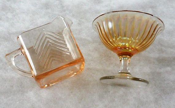 Vintage 1930s Depression Glass/Marigold Sherbet Peach Luster