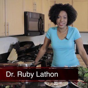 On this episode of The Veggie Chest, Ruby Lathon walks us through how to make creamed mushroom chard. Chard is a vegetable that is an alternative to kale and is full of nutrients. Did you know that the different colors of the stems can indicate the different types of nutrients in the vegetable? This dish is also easily customizable to take on many different flavors.