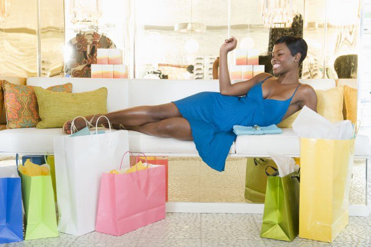 Pin for Later: 12 Completely Baffling Pictures of Women Shopping The Pretty Woman Reenactment We might have dreams of reenacting our favorite scene from Pretty Women, but we've never gotten this comfortable on a store couch before.