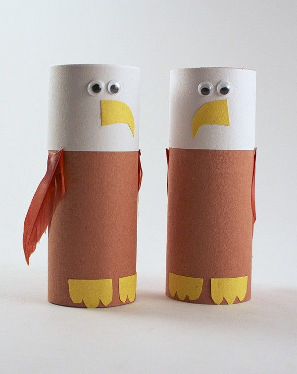 Make an Eagle from a Cardboard Tube by @amandaformaro of Crafts by Amanda