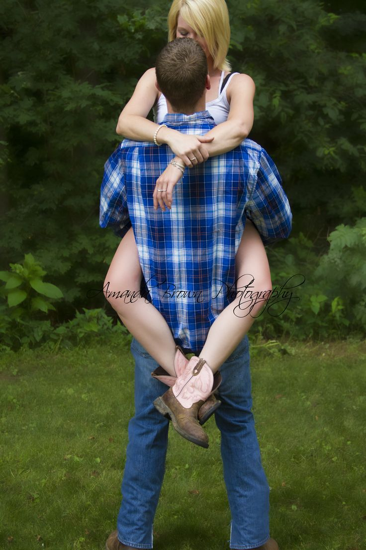 cute country couple, photography, couple ideas, engagement ...