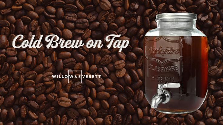 Brew, store and serve your week's supply of cold brew coffee right from your fridge with this 1 gallon mason jar cold brew maker!