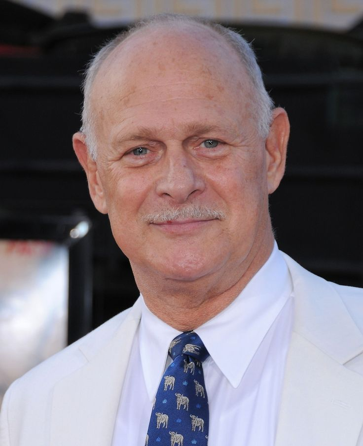 Gerald McRaney - not getting older, getting better