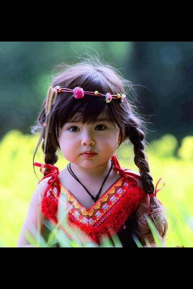 Lil American Indian girl