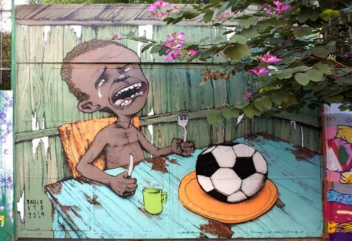 Paolo Ito (Brésil)  Une peinture murale brésilienne devient l'icône de la relation compliquée du Brésil avec la compétition qu'il accueille.