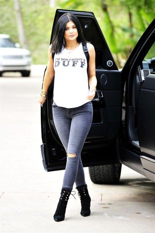 Kylie Jenner, blogger, White T-shirt, tshirt, tee shirt, actress, model, singer, hot, celebrity