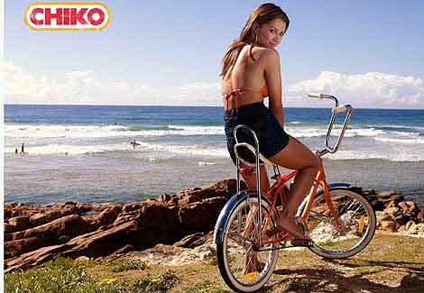 A surf and a CHIKO Roll. AWESOME DAYS #modelcolovesaus