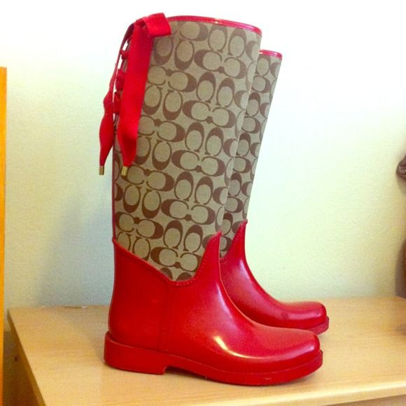 What look is complete without a pair of coach rainboots