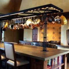 love the island and hanging cookware