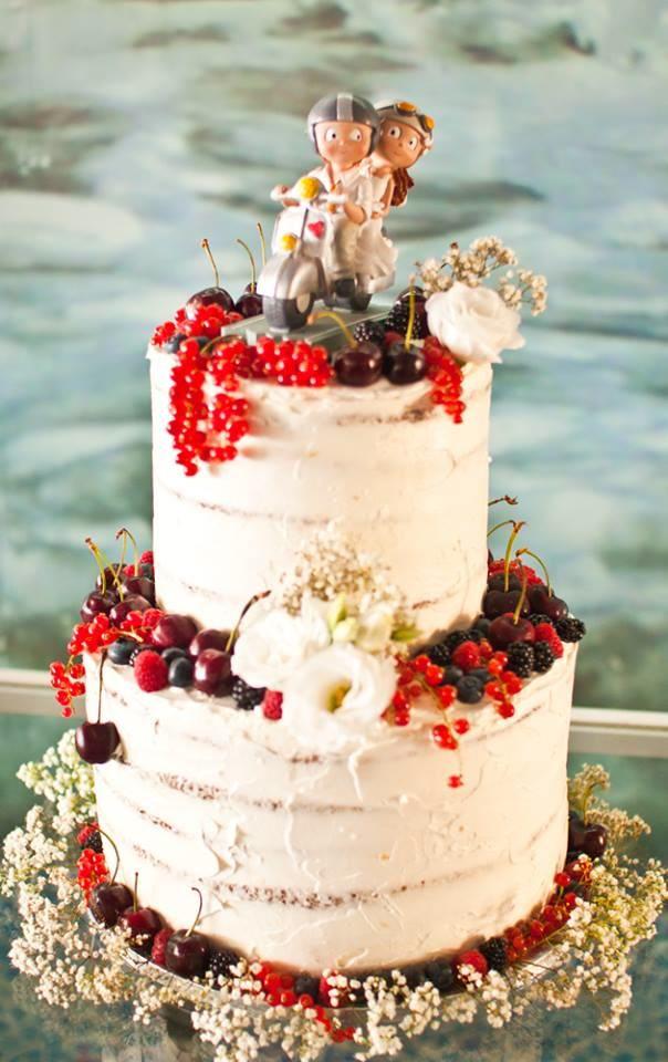 Tarta de boda naked cake de calabaza, frutas y flores   Nuts & Delights – Pastelería artesanal en Valencia