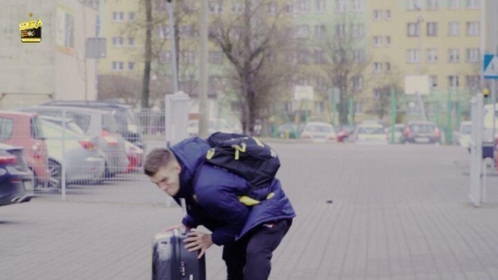 """Polubienia: 1,339, komentarze: 1 – PGE Skra Bełchatów (@pgeskra) na Instagramie: """"Drogie Panie, pamiętajmy dziś o Panach 👨👷👮 Jako prezent na #DzieńMężczyzny proponujemy bilety 😀…"""""""
