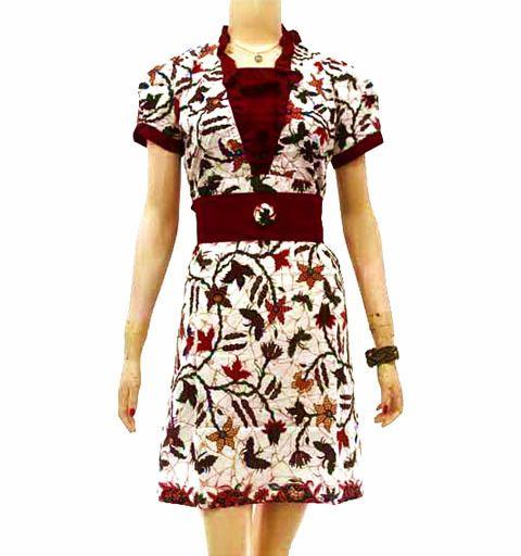 dress batik keren putih merah BD15 di katalog http://sekarbatik.com/dress-batik/