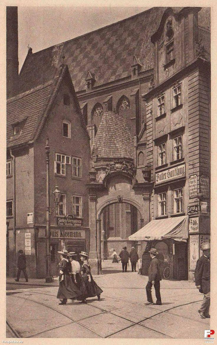 """Lata 1905-1915 , Kamieniczki """"Jaś"""" i """"Małgosia"""" we Wrocławiu."""