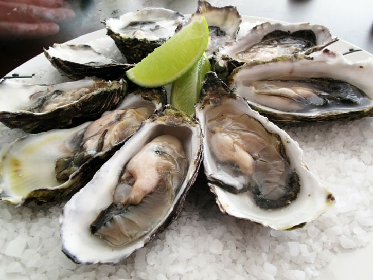 eating raw oysters and sex hormones in Hamilton