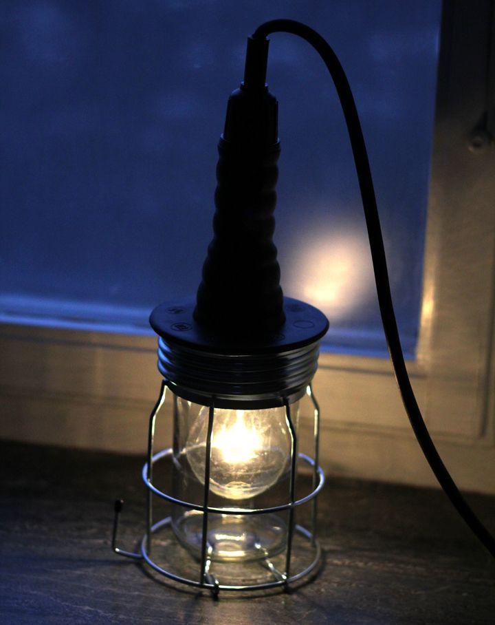 lampa granit - nu som vår sänglampa!!