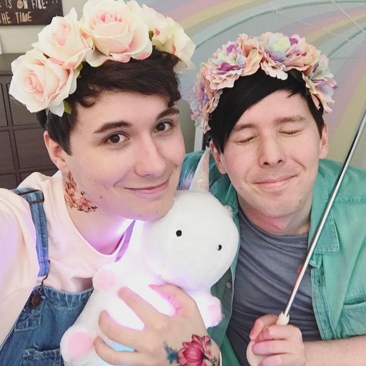 meet our pastel personas daniel and lukas ✨ watch the video on youtube.com/amazingphil