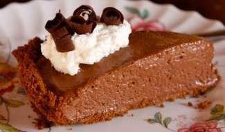 Csokoládé krém tortába