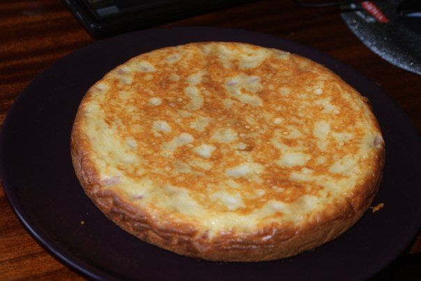Заливной пирог с ветчиной и сыром (можно и другую начинку) в Мультиварке.   Вкуснятово   ВКонтакте