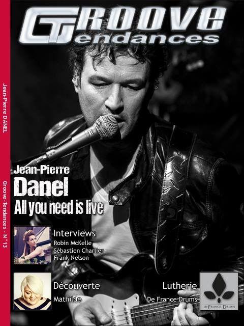 #frontpage #groovetendances  #elviepresley #elvis #presley #king #rock #livre #biographie #berkeley #jeanpierredanel #music #guitar #guitarist #guitarplayer #fender #stratocaster #stratocaster54 #missdaisy #france #french #paris #star #hitmaker #people #showbiz #hitrecord #singer #musician #producer #guitartribute