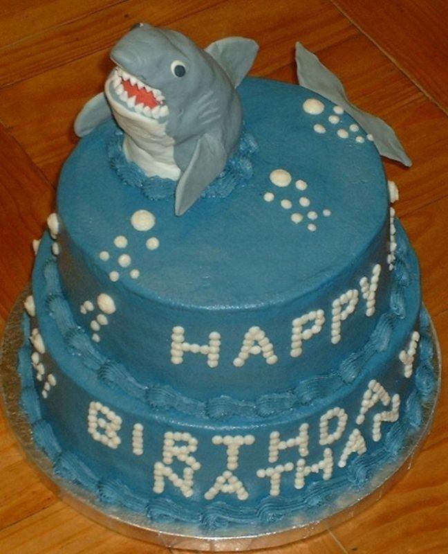 208 best Anniversaire images on Pinterest | Desserts, Birthday cakes ...