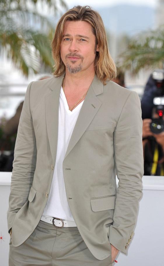 El actor Brad Pitt en el Festival de Cine de Cannes, con traje de Gucci, a punto de presentar Killing them softly, del director Andrew Dominik.