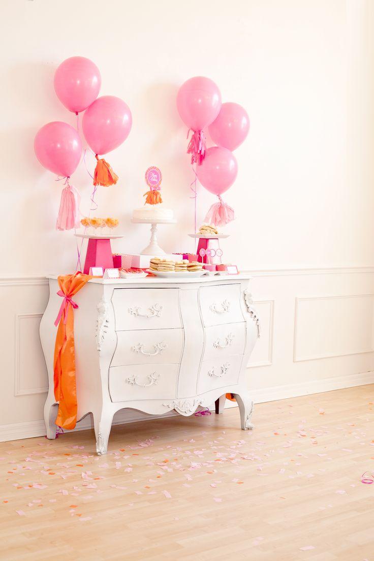 Una decoración preciosa para una mesa de dulces / A lovely decoration for a sweet table