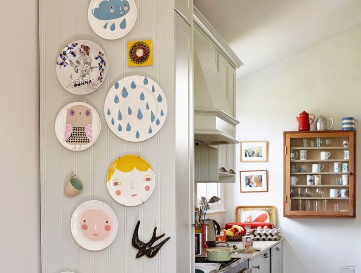 Kitchen Wall Decor With Plates : Donna wilson plate decor interior kitchen storage