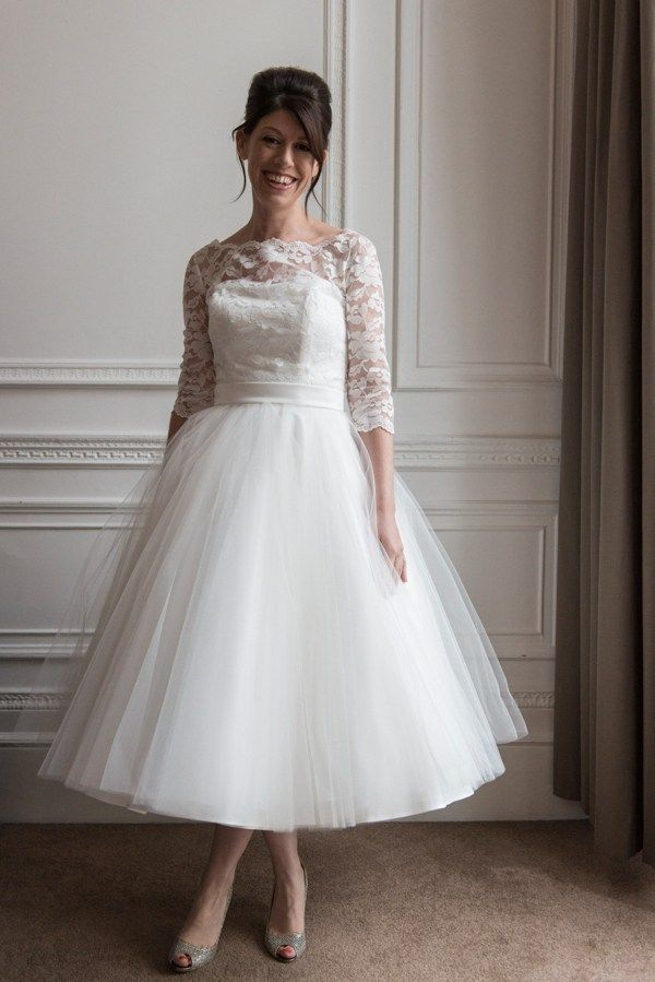 A Candy Anthony Gown For 1960s Mod Inspired Wedding