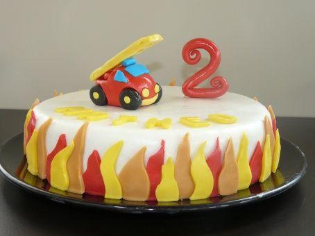 Top Les 25 meilleures idées de la catégorie Gâteaux de camions sur  TS88
