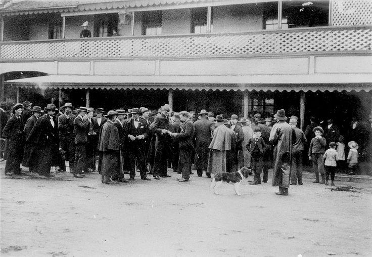 Sunday Best - Waiting to vote in the Federation Referendum, Bunbury, 1900  https://encore.slwa.wa.gov.au/iii/encore/record/C__Rb1909321