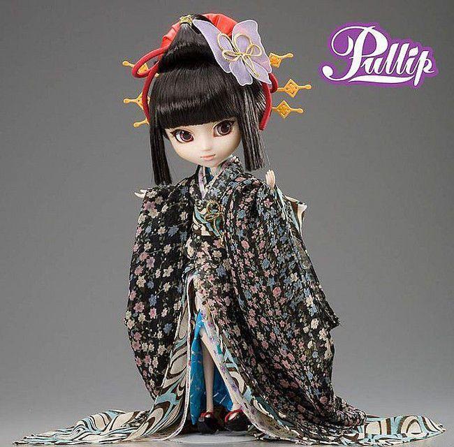 Pullip Doll / Puppe Princess Dhalia Cinderella