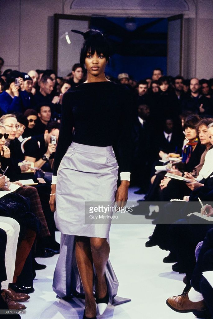 Model walking the Helmut Lang Fall 1995 RTW collection. (Photo byGuy Marineau/Condé Nast via Getty Images)Naomi Campbell