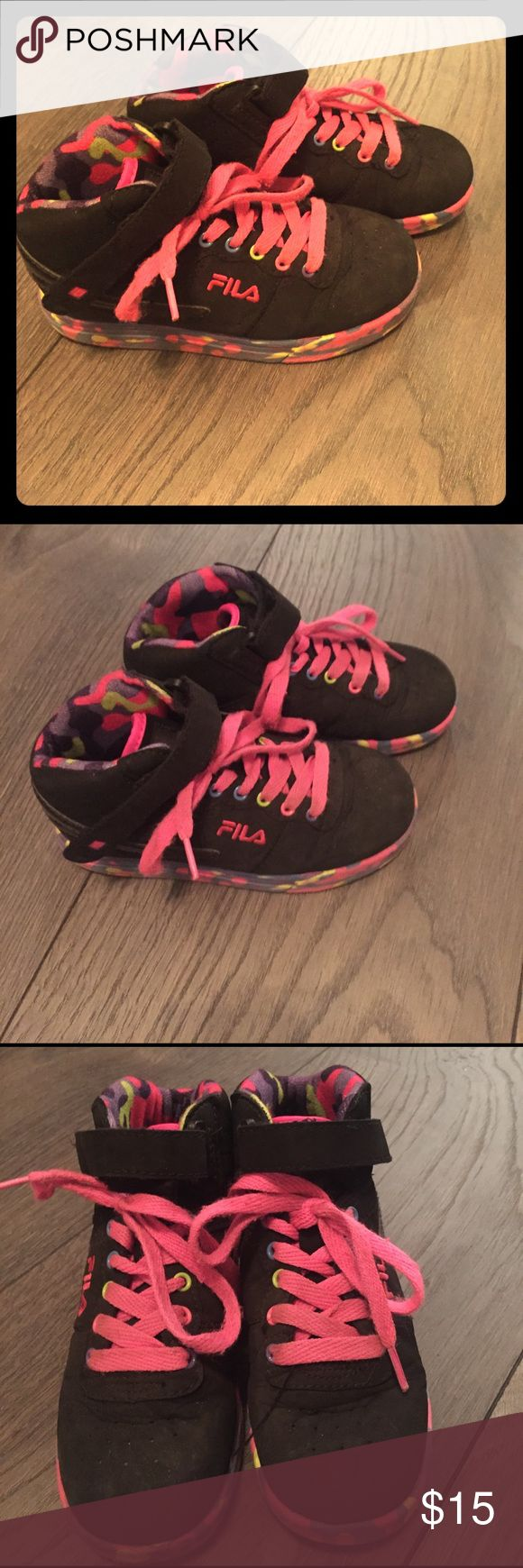 Fila girls high top sneakers sz 13 In nice preowned condition.  Wear is shown in pics.  They still look great and have lots of wear left in them.  I always accept reasonable offers. ☺☺ Fila Shoes Sneakers