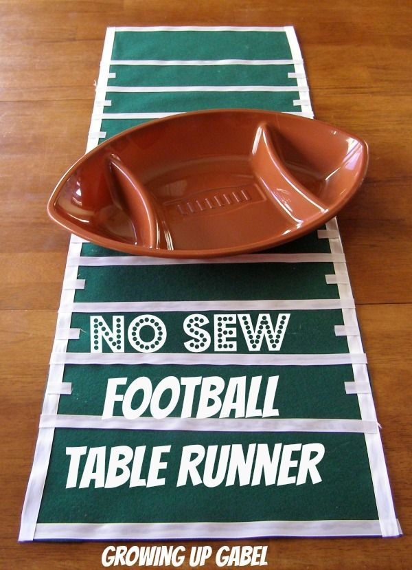 No Sew Football Table Runner from Growing Up Gabel @Shelly Figueroa Gabel #crafts #SuperBowl (scheduled via http://www.tailwindapp.com?utm_source=pinterest&utm_medium=twpin&utm_content=post611253&utm_campaign=scheduler_attribution)