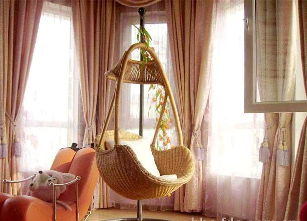 Back To Your Childhood: Wicker Swing Chair Designs